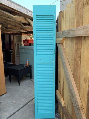 Blue closet door for Sale in Bell Gardens, CA
