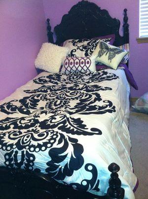 Dark Brown Twin Bed Frame w/Mattress/Box Spring. for Sale in Tacoma, WA