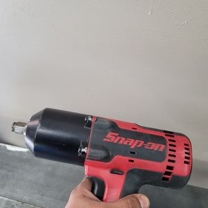 Snap On 18v Lithium Cordless Impact Wrench for Sale in Oceanside, CA