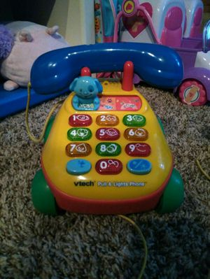 VTech pull and light up phone toy for Sale in Berlin, WI