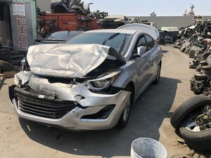 Parting 2014 Hyundai ELANTRA Ford parts 1.8 L for Sale in Los Angeles, CA