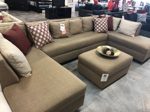 Tan 3PC Sectional 🏷 for Sale in Hialeah, FL