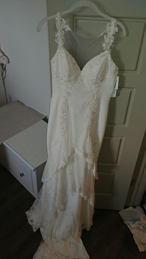 New Wedding Dress - Never Worn/tailored with tags for Sale in Mobile, AL