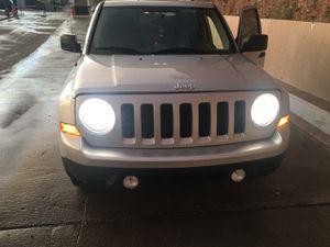Jeep patriot 2012 for Sale in Phoenix, AZ