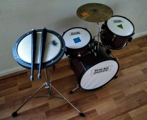 First Act Discovery Drum Set for Sale in Tampa, FL