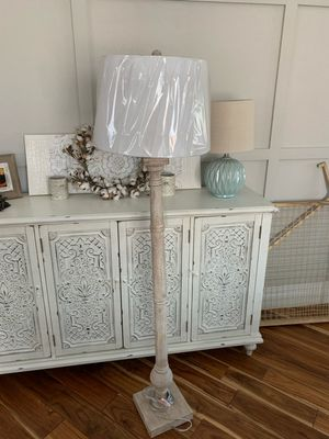 "New 60"" tall rustic farmhouse floor lamp / light for Sale in Henderson, NV"