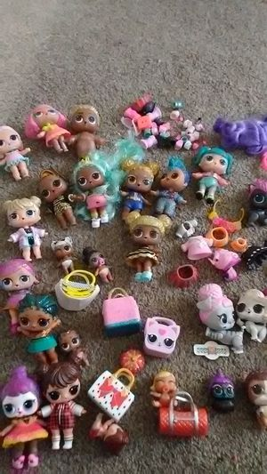 Lol dolls 29 big sister lil sister and pets all series for Sale in Manteca, CA