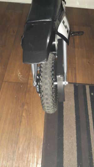 * Razor * Dirt Bike Mx400 for Sale in Nashville, TN