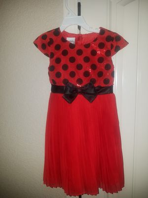 Christmas dress Disney size 5T for Sale in El Paso, TX