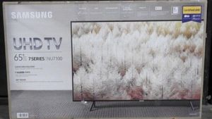 "65"" Samsung 4K UHD HDR SMART TV for Sale in Colton, CA"