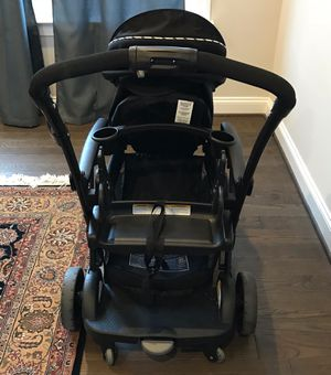 Graco Modes Duo Stroller, Graco Snugride SnugLock car seat & Base for Sale in Aldie, VA