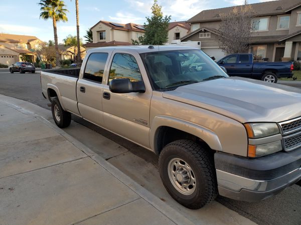 Chevy 2500hd Crew cab Diesel 4x4 long bed