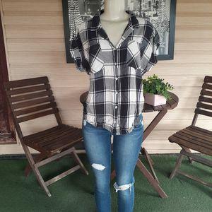 JACHS Girlfriend Short Sleeve Button Down Shirt for Sale in Sacramento, CA