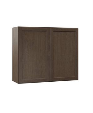 Hampton bay shaker Assembled 36x30x12 in. Wall kitchen Cabinet in Brindle for Sale in Whittier, CA