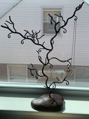 Jewelry organizer Tree for Sale in Hyattsville, MD
