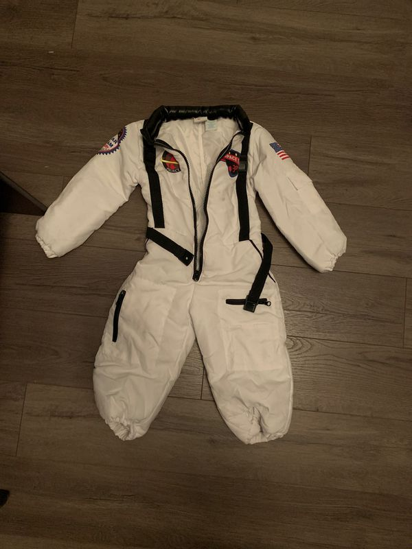 NASA costume size 3/4