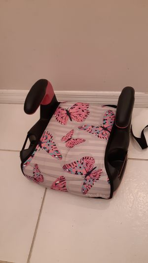 Evenflo Big Kid Amp No Back booster seat for car, pink, black and teal butterfly design for Sale in Sunrise, FL