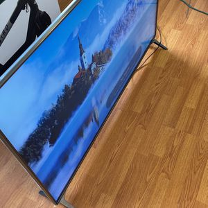 4K UHD HDR Smart LED TV - 55'' Class (54.6'' Diag) for Sale in Fort Lauderdale, FL