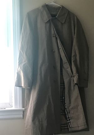 Burberry Trench coat for Sale in East Hartford, CT