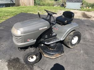 CRAFTSMAN LT-1000 LAWN TRACTOR for Sale in Garfield Heights, OH