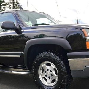 Meticulously maintained Chevy SILVERADO for Sale in Cape Coral, FL