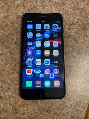 iPhone 7 plus 32gig for Sale in Florissant, MO