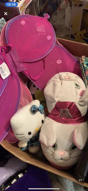Box of girls toys! Hello kitty, bunny flopeez, beanies, dress up wings, wallets etc! for Sale in Colorado Springs, CO