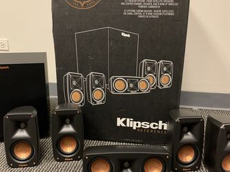 Klipsch Reference Theater 5.1 Surround System for Sale in West Chicago,  IL