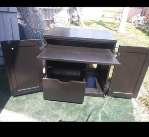 Wood black Computer desk for Sale in Port Charlotte, FL