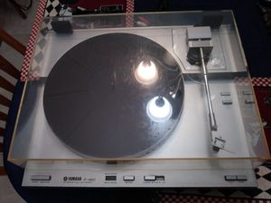 Yamaha p 450 record player in exellent condition working very well new niddle for Sale in Anaheim, CA