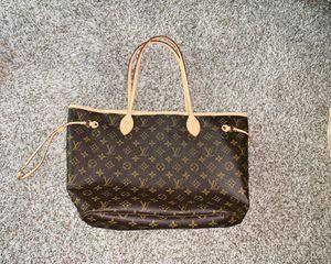 Louis Vuitton Neverfull Monogram bag for Sale in Houston, TX