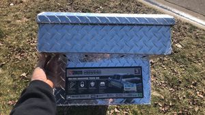 TSC mid sized truck tool box for Sale in Potterville, MI