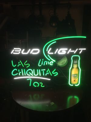 Neon beer sign for Sale in Los Angeles, CA