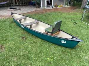 16 Ft. Pelican Canoe for Sale in Saint Paul, MN