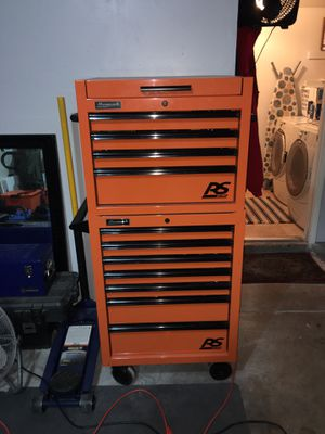 Homak tool box set with power outlet for Sale in Henderson, NV