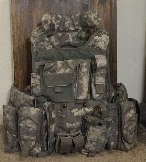 Tactical vest for Sale in Helotes, TX
