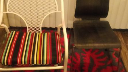 2 Free Chairs for Sale in Beaverton,  OR
