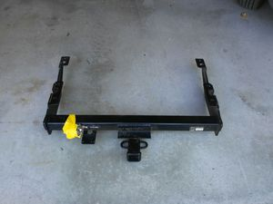 Trailer hitch for 14-17 chevy or GMC 2500hd for Sale in Littleton, MA