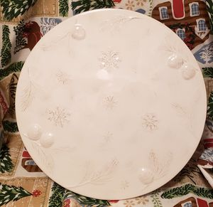Winter Cake Stand for Sale in MONTGOMRY VLG, MD