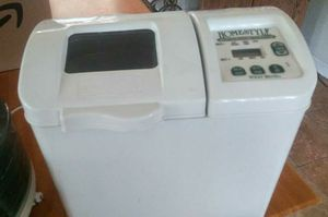 West Bend Homestyle bread and dough maker for Sale in Banning, CA