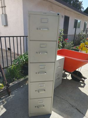 "5 drawer metal file cabinet. In excellent condition. 60"" high. 15"" wide. 26 1/2. Side for Sale in Alhambra, CA"