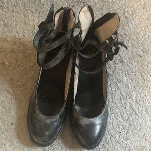 Gray,size 9 for Sale in Medford, NY