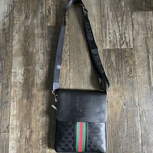 Messenger Bag for Sale in St. Petersburg, FL