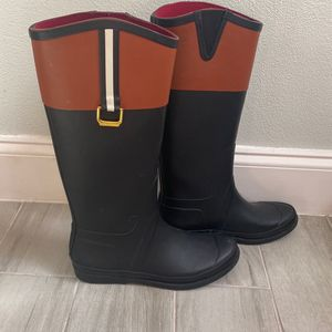 Tommy Hilfiger Rain Boots for Sale in Orlando, FL