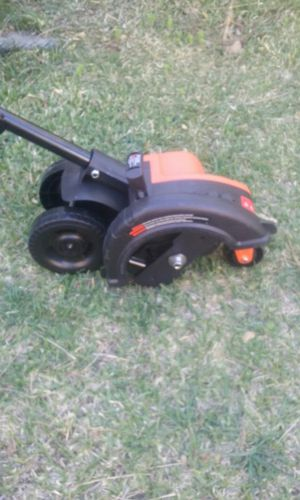 Black and decker electric Garden edger new price is firm no lowballers please no trades for Sale in Fontana, CA