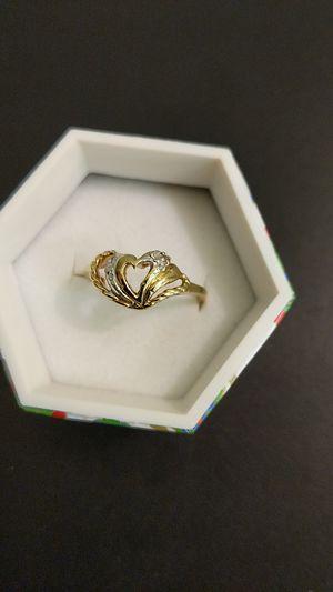 10K SOLID GOLD HEART RING DIAMOND for Sale in Leesburg, VA