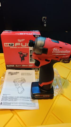 "MILWAUKEE M12 SURGE FUEL 1/4"" IMPACT HYDRAULIC DRILL WITH 6.0AH BATTERY NEW $170 for Sale in Chula Vista, CA"