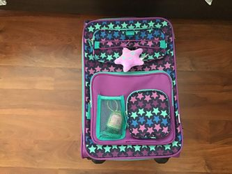 Girls Luggage and matching neck pillow for Sale in Pembroke Pines,  FL