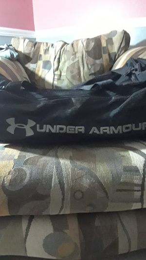 Under Armour duffle bag for Sale in Philadelphia, PA