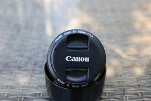 Canon EF 50mm f1.4 lens, hood, sharp copy, LOOK for Sale in Hoffman Estates, IL